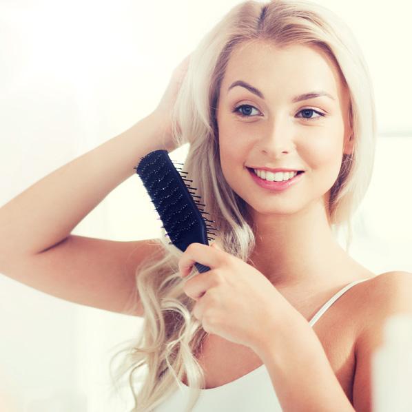 børste håret riktig jente