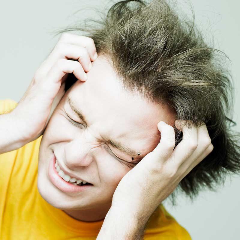 kløe hodebunn tørr irritert