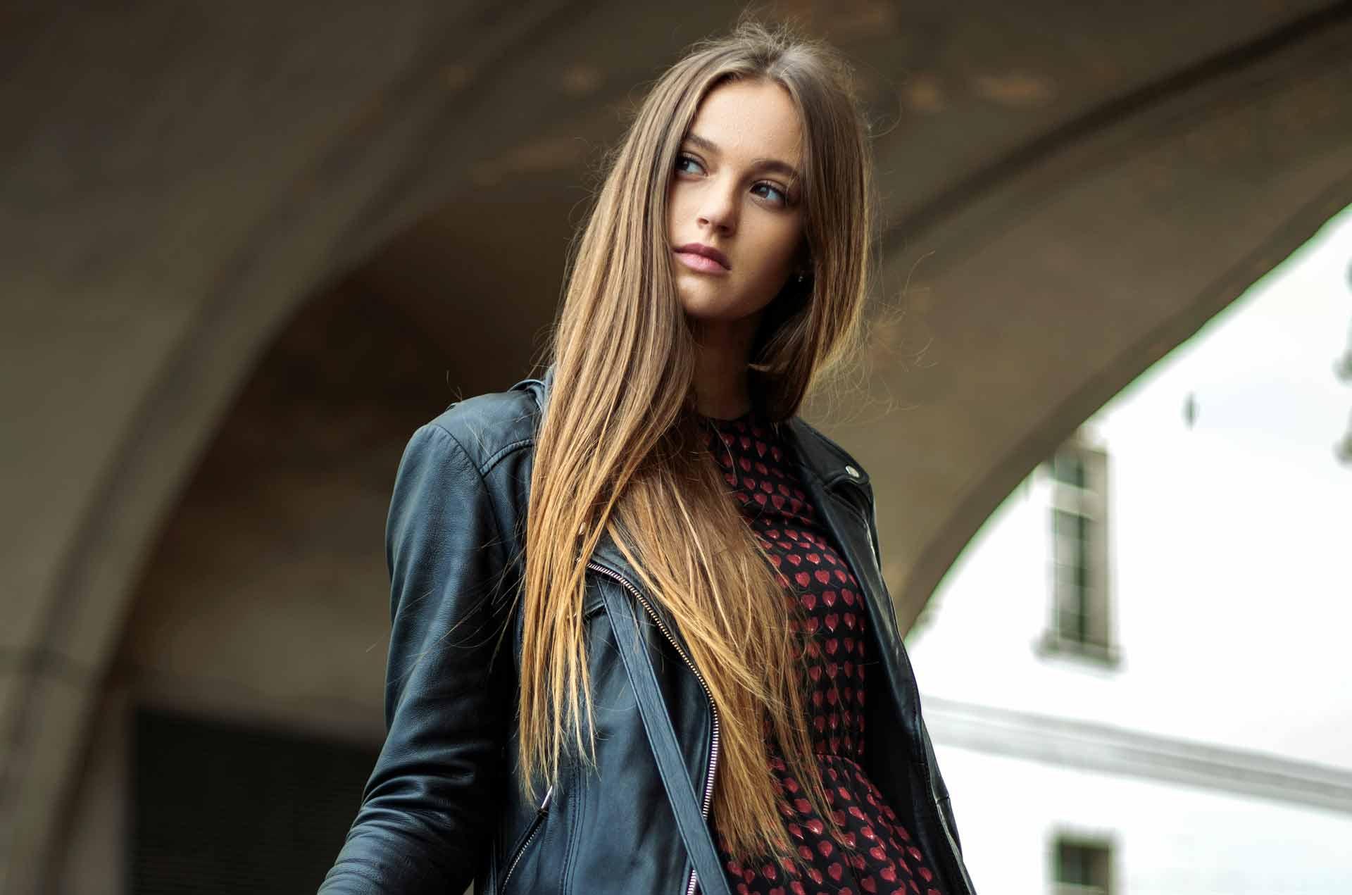 Hår modell langt hår